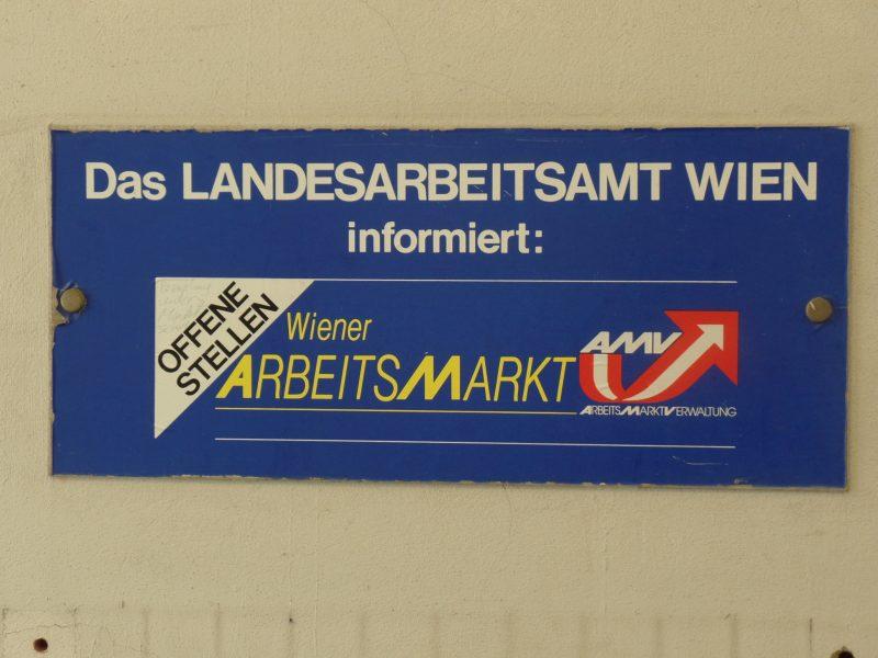 AMS-Deutschkurse in der Diskussion