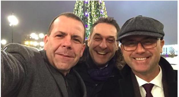 FPÖ-Politiker bei Putin. Facebook-Selfie